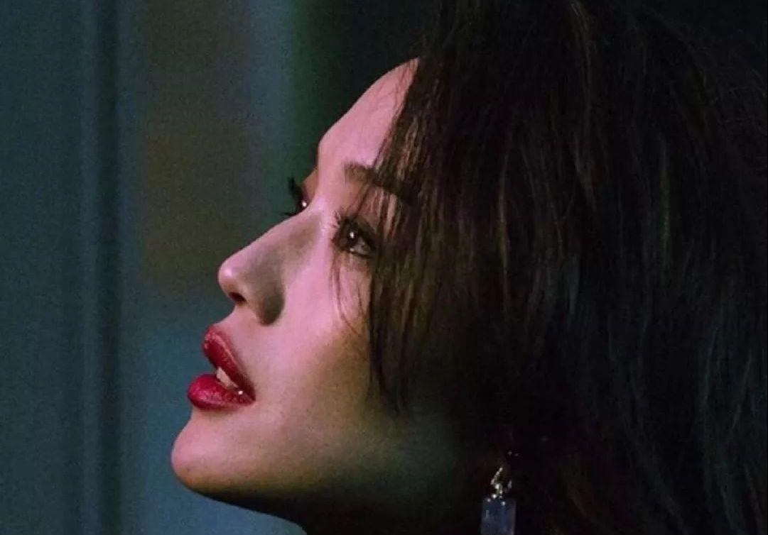 如何让女朋友变成90年代的王祖贤?