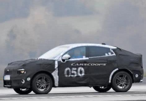 领克又一款轿跑SUV,新车路试谍照爆出,将采用领克01的设计