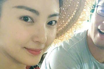 袁巴元深夜开博质问张雨绮:是谁求他复婚?网友却被一个细节吸引