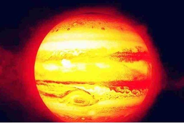 原创《流浪地球》中点燃的木星能成另一太阳吗?太阳可