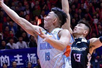 辽宁取胜新疆是个人英雄球体现 单打实力再强不如整体篮球有威力