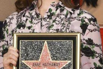 原创             颜值、演技不逊于黑寡妇的美国甜心,37岁留名星光大道证明自己!