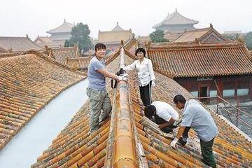 """故宫古建专家揭秘""""上房揭瓦""""十八年"""