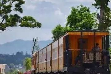 """全中國""""速度最慢""""的火車!還不如蹬自行車快?卻經常滿客!"""