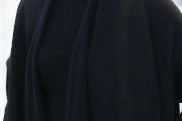 _尚雯婕全黑look满满艺术气质 戴爵士帽潮酷个性十足