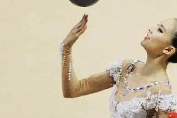 最美体操女神张豆豆拒绝进军娱乐圈,退役当体操教练,不忘初心