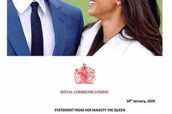 看完戴安娜王妃这22张照片,你会明白为何哈里王子放弃王位变平民